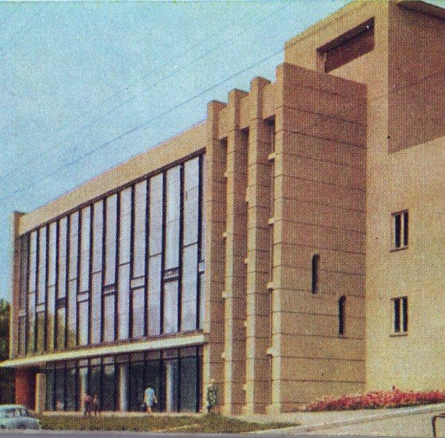 Театр теремок саратов официальный сайт афиша на билеты на концерт жукова в уфе